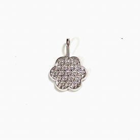 White gold pendant with zirconia